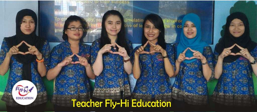 fly-hi-banner-Teacher Fly-Hi Education-blue